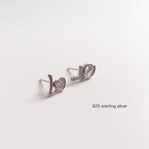 Bông tai bạc chữ Love
