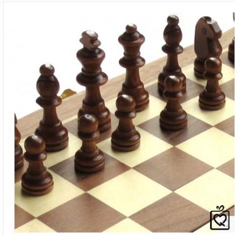 Bàn cờ vua gỗ cao cấp