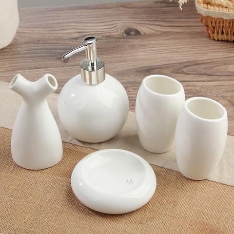 Bộ đồ dùng nhà tắm gốm sứ trắng 5 món tròn
