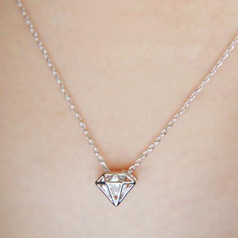 Dây chuyền bạc hình hộp kim cương