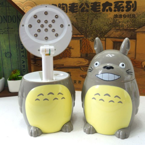 Đèn Led tích điện để bàn totoro