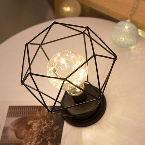Đèn led trang trí khung sắt hình kim cương