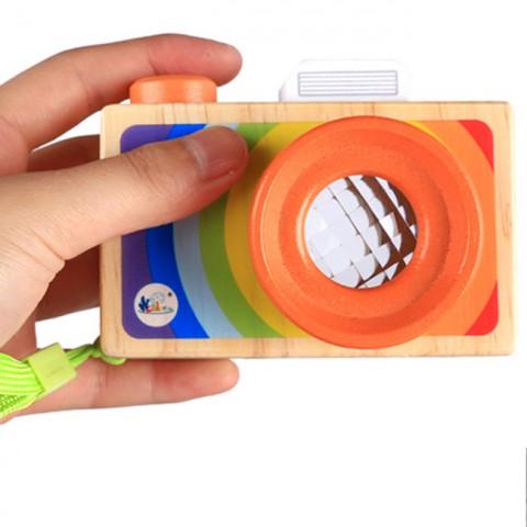 Máy ảnh đồ chơi cầm tay cho bé bằng gỗ