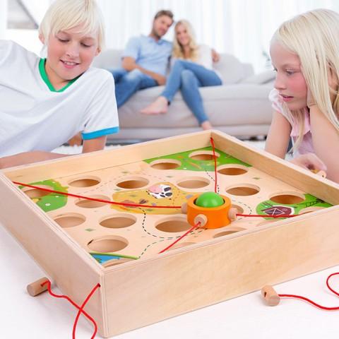 Đồ chơi gỗ tương tác 2 trong 1 thả bóng mê cung và cờ cá ngựa