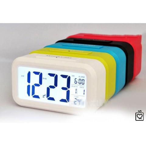 Đồng hồ điện tử báo thức cảm biến ánh sáng 1019
