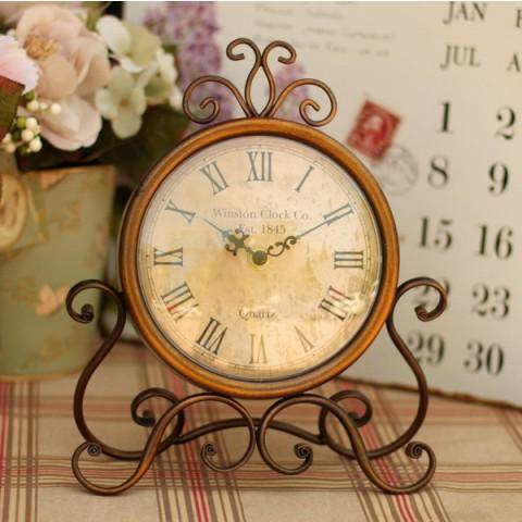 Đồng hồ để bàn cổ phong cách retro 1845