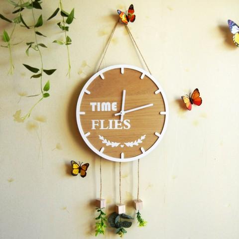 Đồng hồ gỗ treo tường Time Flies
