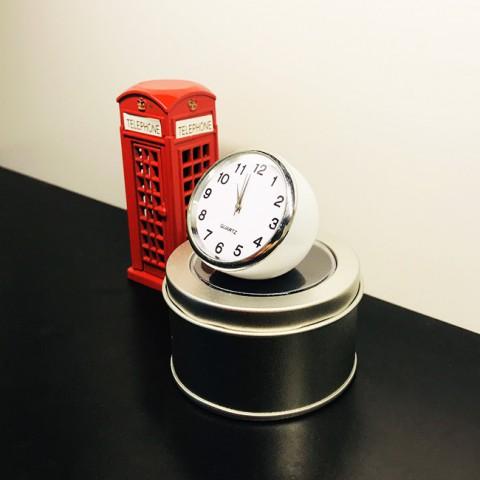 Đồng hồ mini hình bán cầu độc đáo