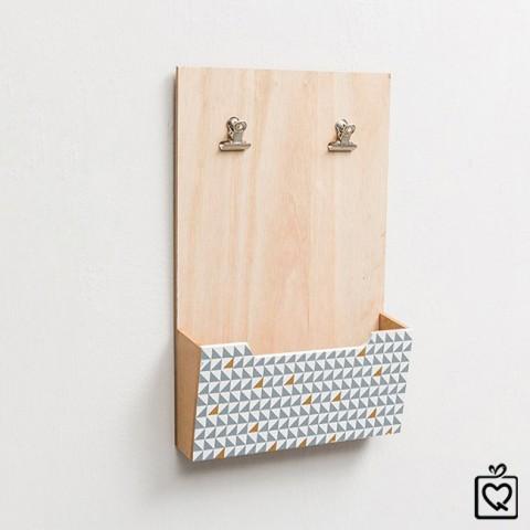Giá đựng đồ kèm kẹp ảnh - thông điệp gỗ treo tường