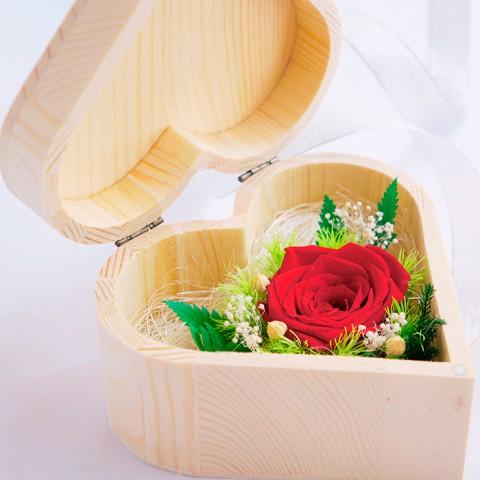 Hoa hồng bất tử hộp gỗ trái tim - Hồng đỏ
