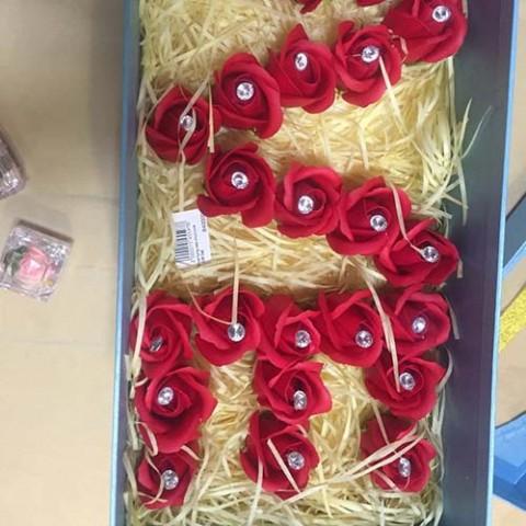 hoa-hong-xep-chu-love-gift-set-3