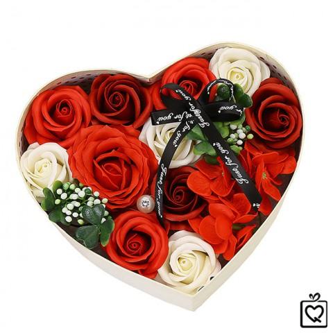 Hoa hồng sáp thơm hộp trái tim