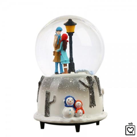 Hộp nhạc quả cầu - Tuyết yêu thương