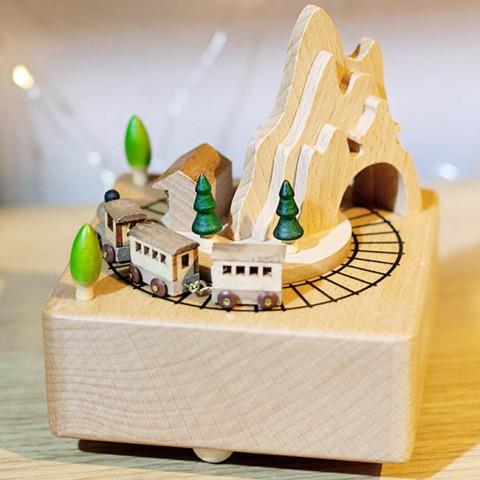 Hộp nhạc gỗ cao cấp-Tàu qua núi