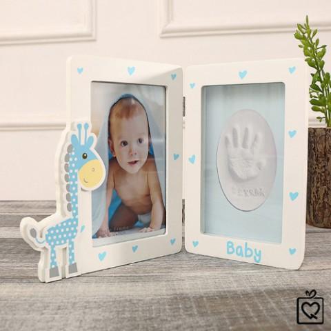 Khung ảnh gỗ để bàn cho bé hình hươu cao cổ-xanh