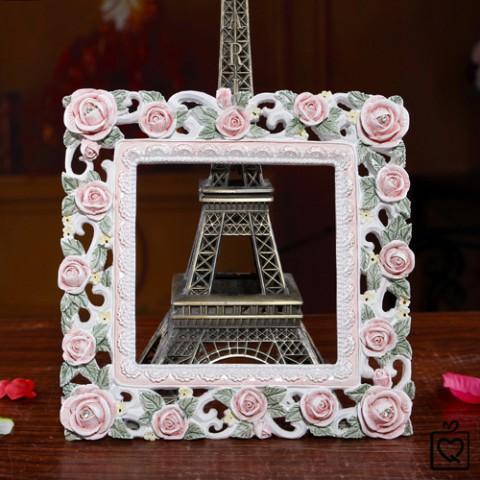 Khung trang trí viền hoa hồng