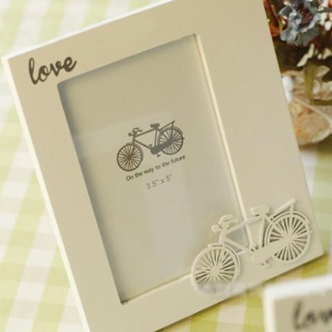 Khung ảnh zakka gỗ để bàn họa tiết xe đạp