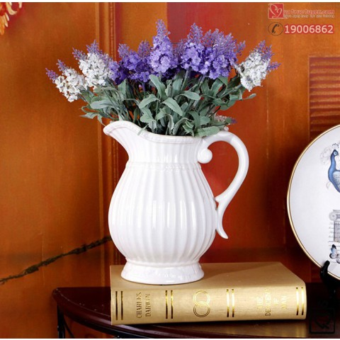 Lọ hoa sứ trắng phong cách Châu Âu