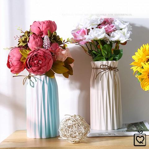 Lọ hoa gốm sứ dáng trụ phong cách Hy Lạp
