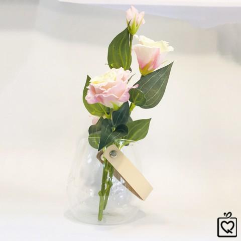 Lọ hoa thủy tinh kèm hoa lụa có quai treo Just For Storage