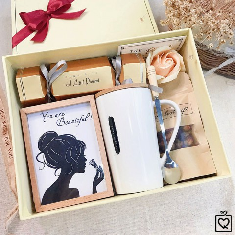 Quà tặng 20/10 LuvGift You are Beautiful - Luv123
