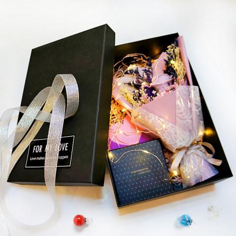 Bộ Quà Tặng Bạn Gái Hoa hồng sáp đèn led & Gương trang điểm