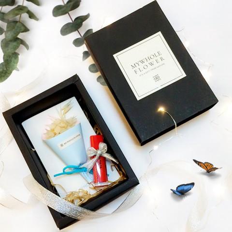 Quà tặng bạn gái Hộp thiệp hoa & Son Velvet