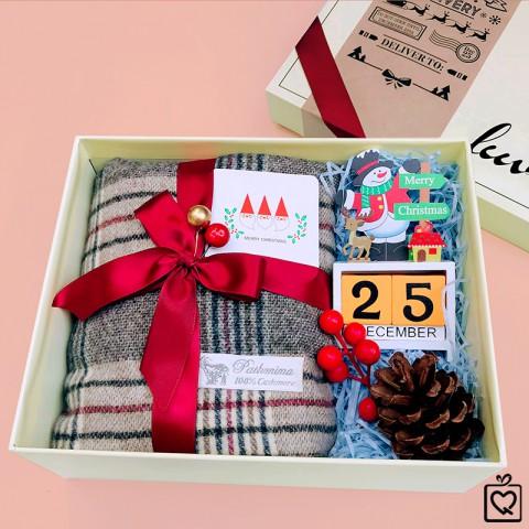 Quà Giáng Sinh LuvGift Cozy Xmas - Luv48