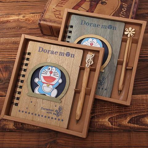 Set sổ bìa gỗ đôremon kèm bút