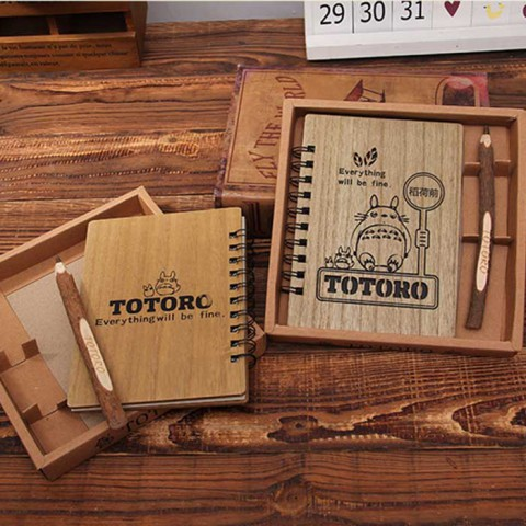 Set sổ bìa Gỗ totoro kèm bút