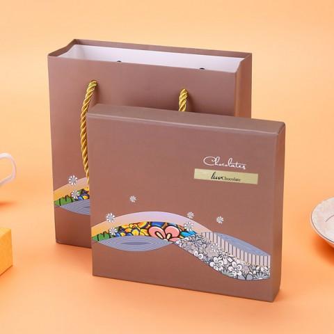 Quà tặng Socola LuvChocolate Chuyện tình của biển - Hộp 9 viên