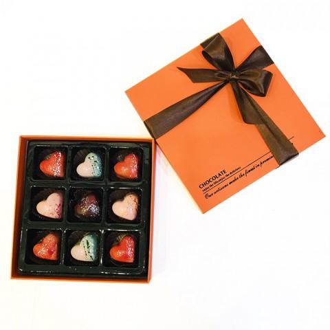 Socola Valentine Nhịp đập trái tim- Hộp 9 viên tươi