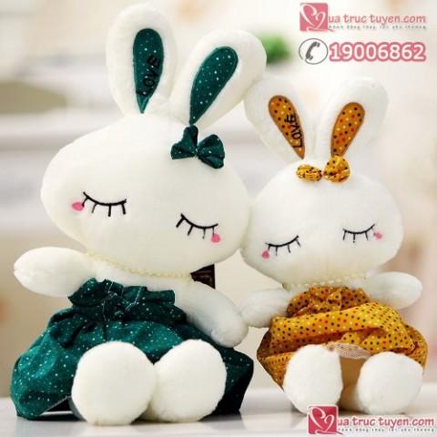 Thỏ bông mặc váy