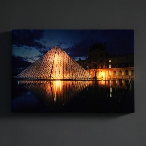 Tranh vải canvas đèn led - Viện bảo tàng Louvre
