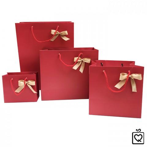 Túi giấy đựng quà đỏ