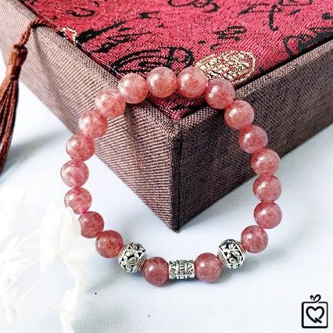 Vòng tay phong thủy đá thạch anh dâu tây hồng