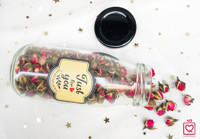 lọ trà nụ hoa hồng
