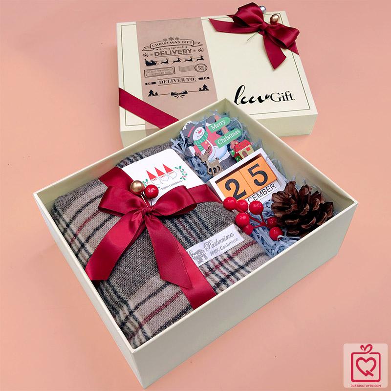 Quà tặng LuvGift Cozy Xmas