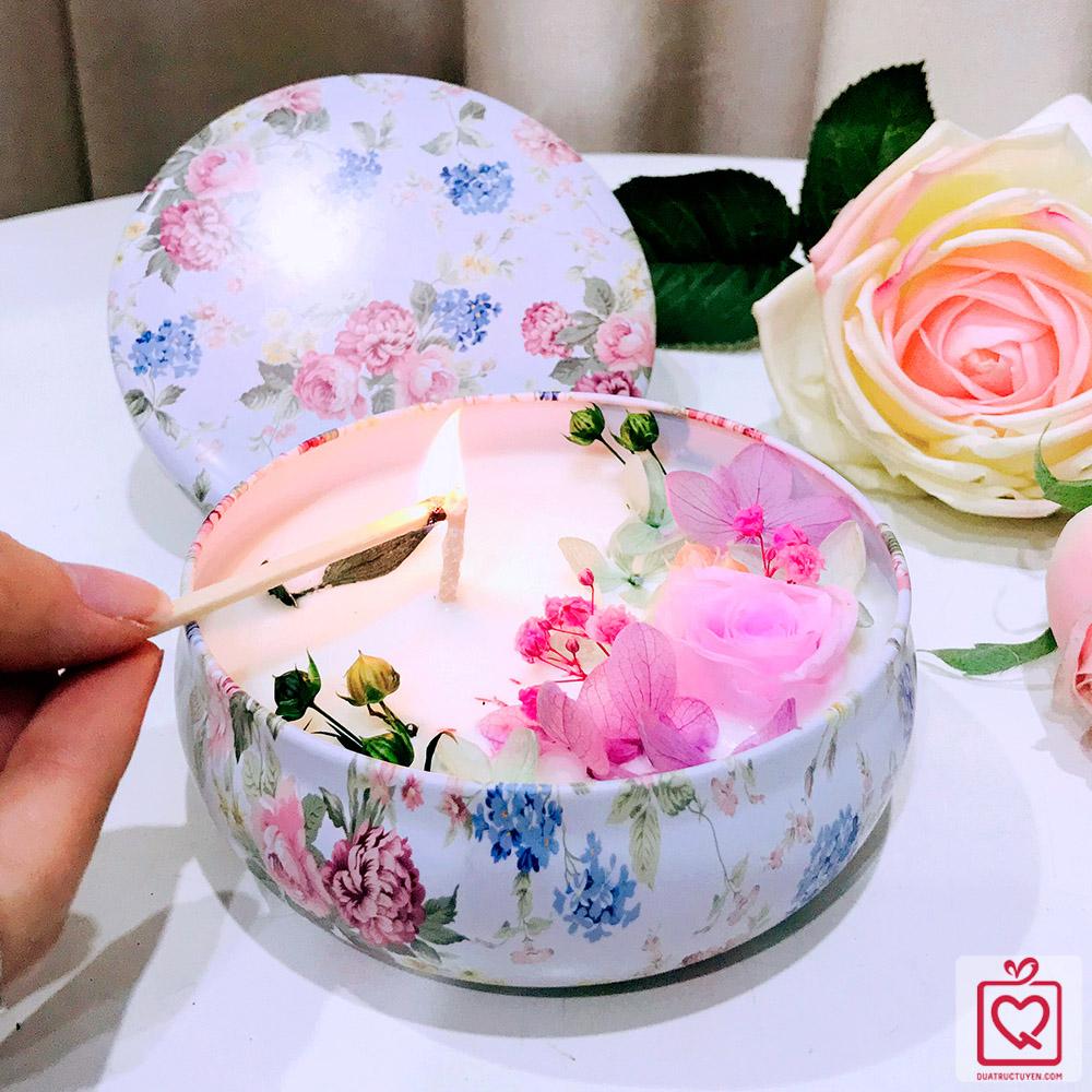 Hoa nến thơm nghệ thuật 20/10 - xứ sở hoa hồng