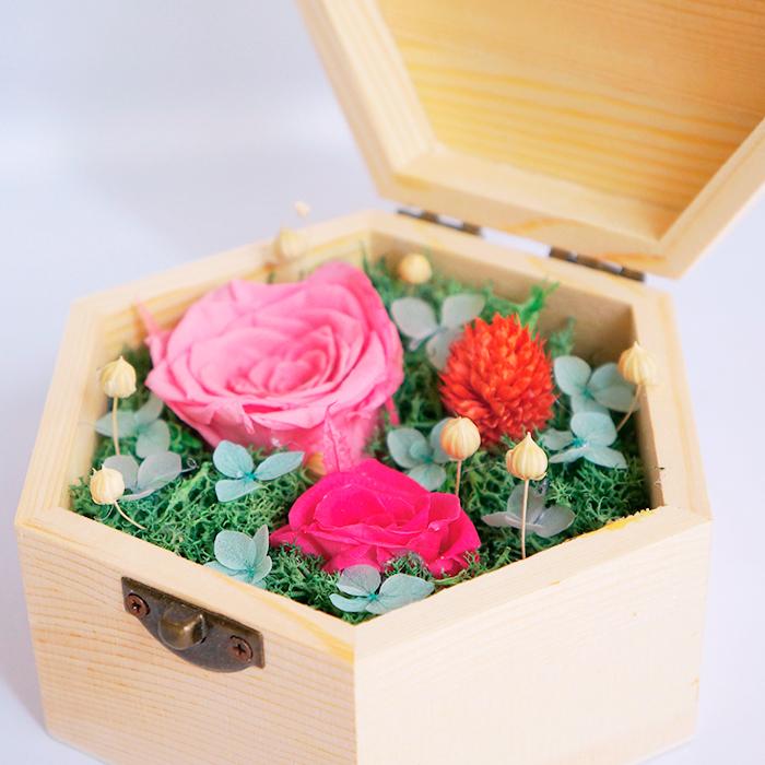 hoa hồng bất tử hộp gỗ lục giác hồng phấn