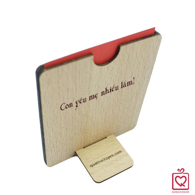Thiệp gỗ