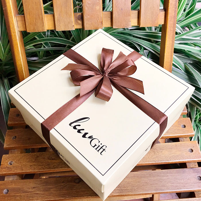 hộp đựng quà Luvgift tự gấp
