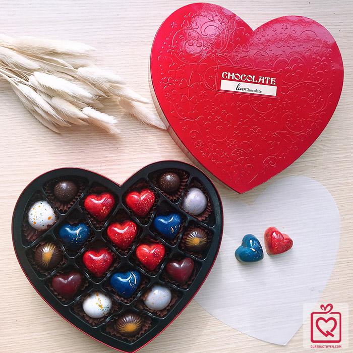Socola Lời tỏ tình từ trái tim - Hộp tim 19 viên