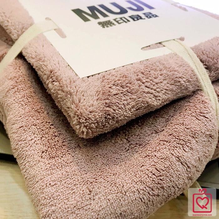 Bộ khăn tắm kèm khăn mặt gấp gọn MUJI
