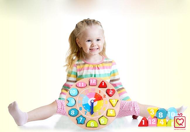 đồ chơi gỗ hình khối và học số