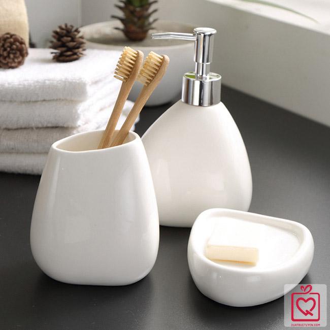 Bộ đồ dùng nhà tắm gốm sứ trắng 4 món