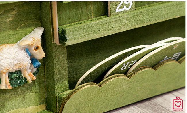 Lịch gỗ treo tường nông trại vui vẻ