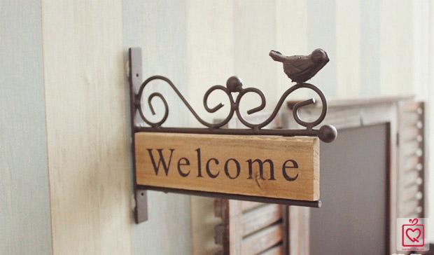 Bảng trang trí tường Welcome