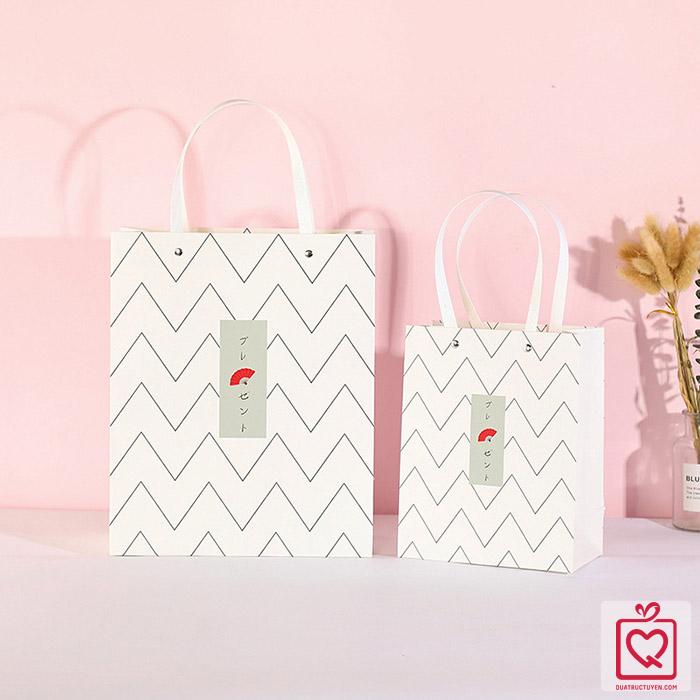 Túi đựng quà kiểu nhật bản hình chữ nhật đứng bằng giấy