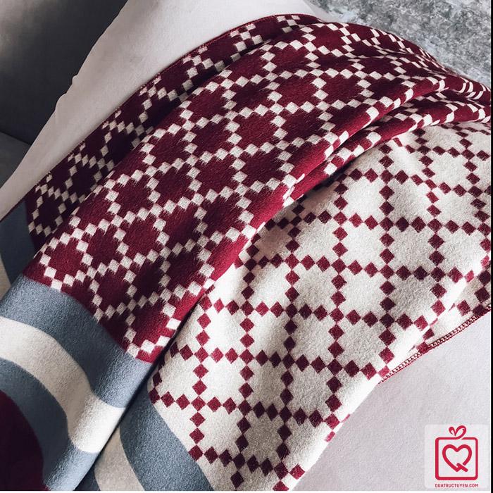khăn choàng cổ Cashmere hoạ tiết Diamond Patterns
